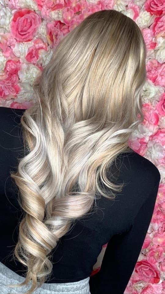 Blonde Hair Colours, Blonde Celebs, Balayage Strawberry Blonde, Makeover Palace Hair & Beauty Salon in Kidlington, Oxford